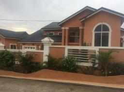 5 bedroom house for rent at Kwabenya