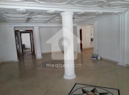 7 bedroom house for rent at Airport West