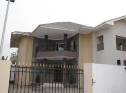 4 bedroom house for sale at Oxford Street