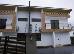 3 bedroom house for sale at Oyarifa Rd