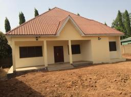 2 bedroom house for rent at Tamale