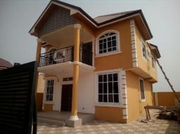 3 bedroom house for sale at Sakumono brode way near junction mail