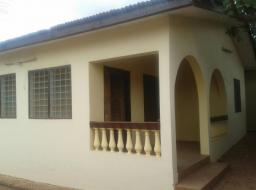 3 bedroom house for rent at Adenta East