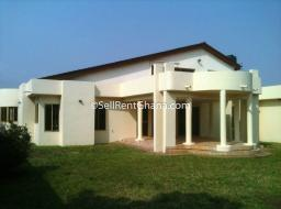 5 bedroom house for rent at Haatso