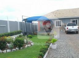 3 bedroom house for rent at West Trassaco