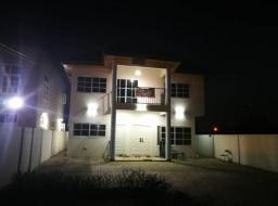 4 bedroom house for rent at Community 18