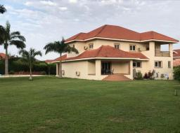 6 bedroom house for rent at Eastlegon