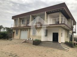 8 bedroom house for sale at Community 20