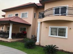 6 bedroom house for sale at Trasacco