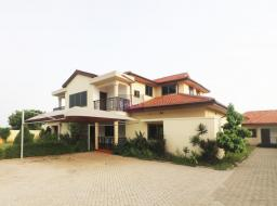 6 bedroom house for rent at East Airport
