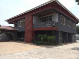 8 bedroom house for rent at Airport West