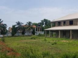8 bedroom house for sale at Kokrobite