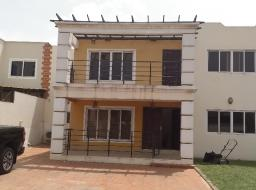 5 bedroom house for rent at East Airport