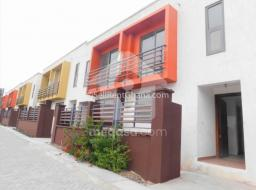 2 bedroom townhouse for sale at Teshie