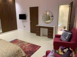 5 bedroom furnished townhouse for rent at Airport Area