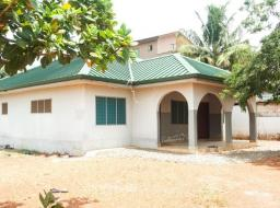4 bedroom house for rent at Adenta - Oyarifa