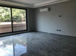 4 bedroom house for rent at West Airport