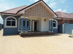 3 bedroom house for sale at Batsona