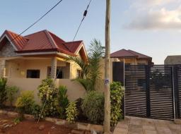 6 bedroom house for sale at Oyarifa