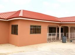 5 bedroom house for rent at New Legon