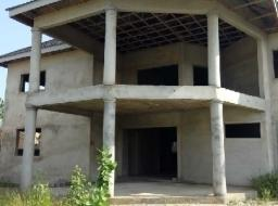 5 bedroom house for sale at Tse Addo