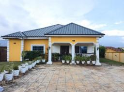 3 bedroom furnished house for rent at West Trasacco