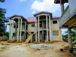8 bedroom house for sale at ACP Estate