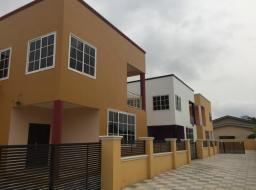 5 bedroom townhouse for sale at SPINTEX MANET/SHELL SIGNBOARD