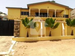 8 bedroom furnished house for sale at Tuba Junction