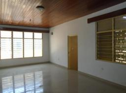 5 bedroom apartment for rent at Kaneshie