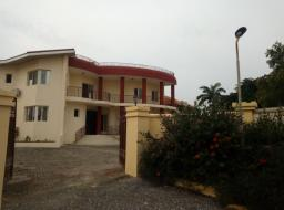 4 bedroom townhouse for rent at Spintex