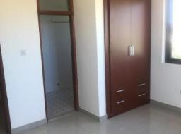3 bedroom apartment for rent at Adjiriganor