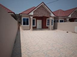 3 bedroom house for sale at Spintex