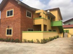 2 bedroom apartment for rent at Manet Court