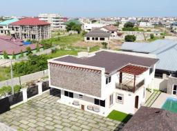 4 bedroom house for sale at Tema. Community 25