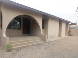 3 bedroom house for rent at community 12