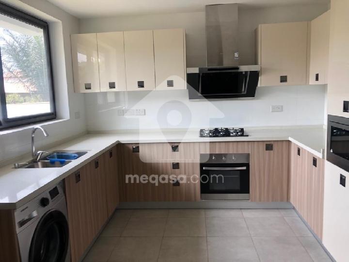 4 Bedroom House For Sale At Labadi Rasta Near Labadi Beach